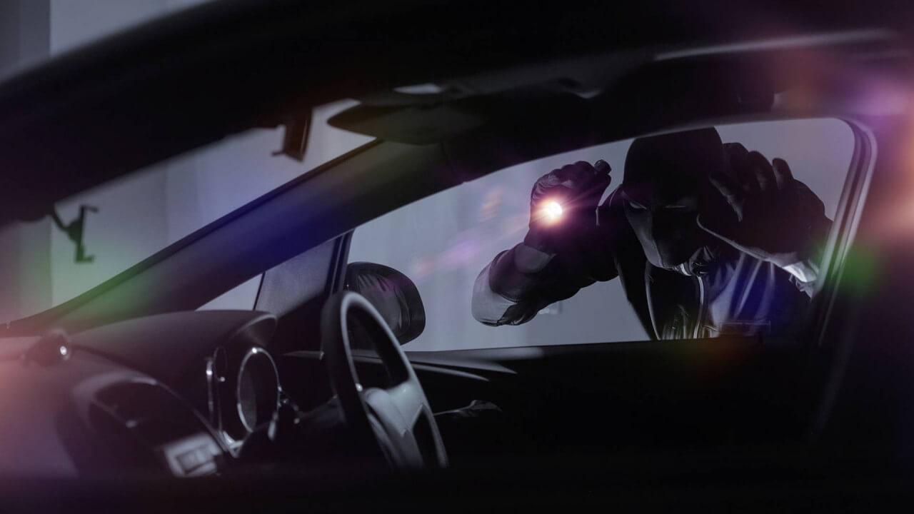 Kādas automašīnas tiek nozagtas visbiežāk, foto